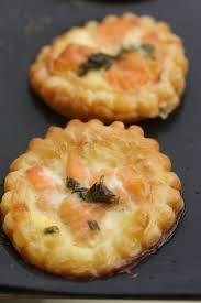 mini quiche pate feuilletee mini tartelettes feuilletées au saumon frais chez requia