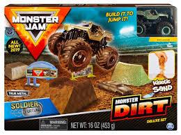 100 Monster Truck Crash Jam Dirt Soldier Fortune Playset Spin Master ToyWiz