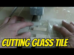how to cut glass tile on wet saw easy way to cut mosaic glass