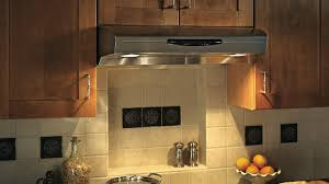 ventilateur de cuisine l installation d une hotte en six é rénovation bricolage