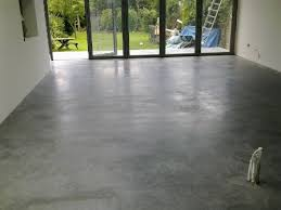 WHAT ARE THE ADVANTAGES AND DISADVANTAGES OF CONCRETE FLOORING