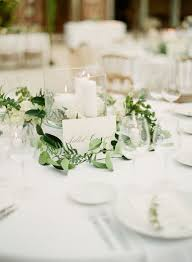 Mesmerizing Wedding Round Table Centerpieces 22 For Your Dessert With