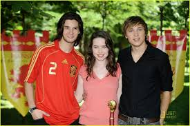 Ben Barnes With Anna Popplewell & William Moseley | Joakim Seven ... Ben Barnes Smolders In Spain Photo 1240631 Anna Popplewell Fewilliam Moseley French Pmiere 127 Besten William Moseley Bilder Auf Pinterest Narnia Cap D The Chronicles Of Prince Caspian Sydney Pmiere Photos Of Narnias Will Poulter William Tripping Through Gateways Fans Wmoseley Twitter Cross Swords Oh No They Didnt 122 Best Images On