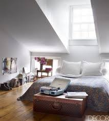 Interior Design Ideas On How To Pizzazz Your Small Bedroom Decor 4