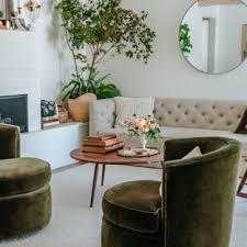 75 wohnzimmer mit weißer wandfarbe und gewölbter decke