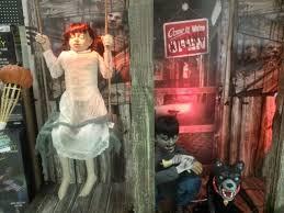 Spirit Halloween Fresno Ca Number by Spirit Halloween Stores Google Search Evil Pins Pinterest