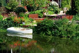 Natural Design The House Garden Decoration Ideas With Pool In
