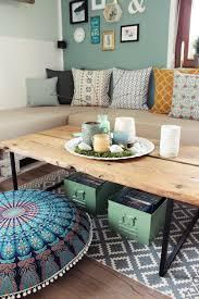 diy couchtisch aus alten brettern wohnzimmer farbumgestaltung