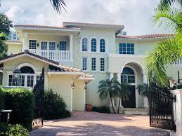 100 Million Dollar Beach Homes Miami Luxury For Sale Between 2 7 Million Dollars