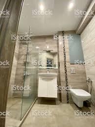 designerbadezimmer mit dusche stockfoto und mehr bilder architektur