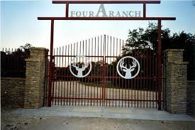Custom Metal Ranch Farm Home Driveway Entrance Gates
