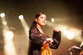 Jhen Aiko Bed Peace by Review Snaps Jhené Aiko Enmore Theatre Sydney The Interns