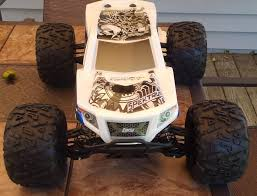 Losi Monster Truck XL - On Pavement | Revving RCs