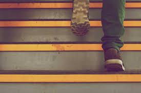 randonnée et douleur aux genoux mes conseils evanela