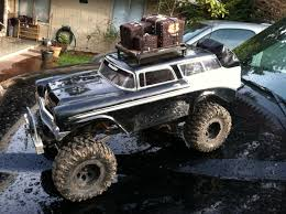 Truck Of The Week: 4/22/2012 Axial SCX10
