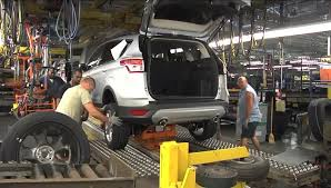 Ford Celebrates Fuel-Efficient Escape Launch, Additional Jobs At ... Ford Motor To Expand At Louisville Assembly Plant Where Escape Is Lmpd Man Electrocuted Killed Truck News Halts F150 Production Says No Impact On 2018 Profit Fox Contract Rejected 2 More Plants Uaw Leaders Scramble Win Kentucky Tour Video Hatfield Media Dump 1998 3d Model Hum3d Allamerican Pickup Trucks Aim Lure Chinas Wealthy Leading Economic Indicators Index Rose In October Wsj Co Historic Photos Of And Environs L Series Wikiwand The Super Duty A Line Of Over 8500 Lb 3900 Kg