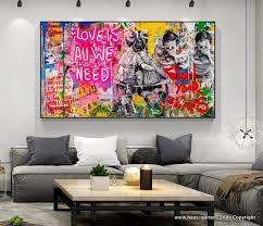 graffiti banksy wohnzimmer wandbild
