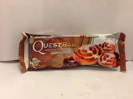 Review Quest Cinnamon Roll Natural Protein Bar