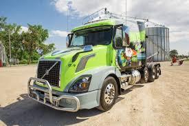 Volvo Trucks - A Custom Volvo VNL Named Turbo Turtle -
