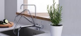 robinetterie evier cuisine robinet évier pour cuisine comment choisir mon robinet