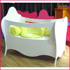 chambre bébé lit plexiglas chambre bebe plexiglas 238517 lit rond bebe incroyables lits pour