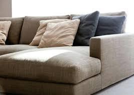 détacher un canapé en tissu nettoyer canape tissus dans le cas oa vous avez une ou beaucoup de