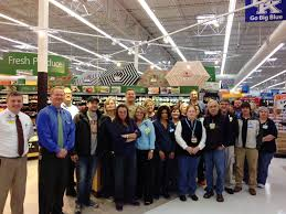 Walmarts New Employee Dress Code Sparks Debate