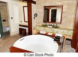 hotel badezimmer stil luxus dekoriert uae arabisches