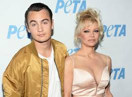 100 Pam Anderson House Who Is Brandon Thomas Lee Tommy Lee Claims Son He Shares With
