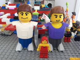 Minifigures Need Help Identifying Extra Large Lego Figure From