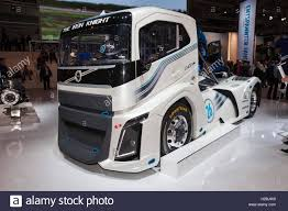 100 Knight Truck Volvo Iron 2400 Horse Power Race Stock Photo 121958181
