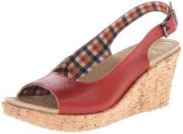 amazon com crocs women u0027s a leigh wedge sandal scarlet 11 m us