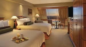 Mandalay Bay 2 Bedroom Suite by Double Queen Beds Pyramid Deluxe Queen Luxor Hotel U0026 Casino