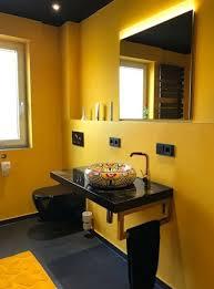badezimmer in schwarz und gold schwarzes badezimmer