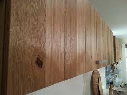 cuisine bois massif contemporaine façade de cuisine en bois massif moderne