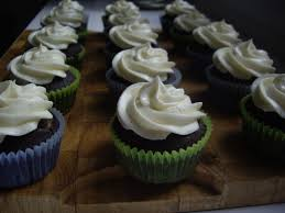 Chocolate Cupcakes With Vanilla Butter Cream Frosting