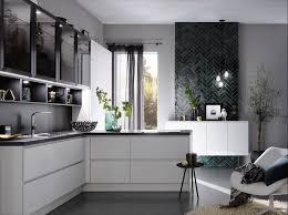 küchentrend materialmix so kontrastreich sind die neuen