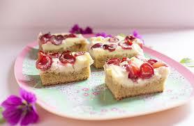 kirsch puddingkuchen vom blech low carb glutenfrei low