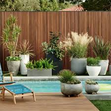 Piscina Flowers And Gardens Pool Landscaping Modern Landscaping