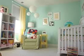chambre enfant vert déco de la chambre bébé fille sans en 25 idées vert