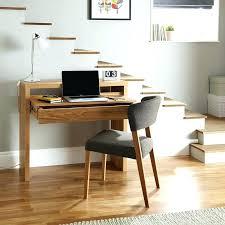 bureau stylé bureau cocktail massif design style en bois moderne