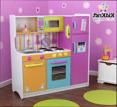 cuisine pour bebe quel bois pour plan de travail cuisine fabulous cuisine en u