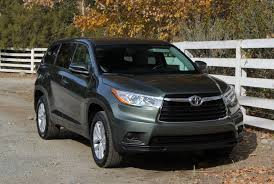 2014 Toyota Highlander Captains Chairs by 2014 2015 Toyota Highlander First Drive Review And Road Test