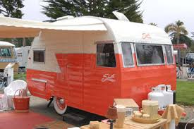 Original Dimensions Features And Specifications For The Shasta 1400 Vintage Trailer