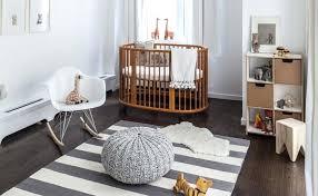 horloge chambre bébé horloge chambre bebe une chambre denfant en bois et blanc horloge