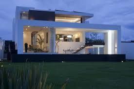 eclairage exterieur maison contemporaine on decoration d interieur