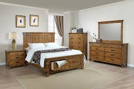 CST205260Q 5 Pc Brendan Collection Rustic Honey Finish Wood Style Queen Bed Set