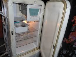 WORKING Vintage Westinghouse Refrigerator W Freezer 1940s Appliance MODEL M6