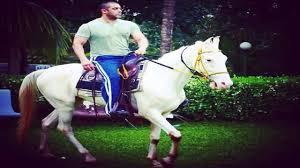 100 Farm House Tack Salman Khan Goes Horse Riding At His Panvel