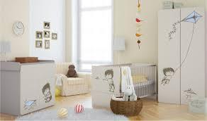 chambre bébé lit commode chambre bébé complète garçon lit commode à langer armoire